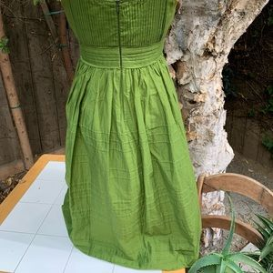 Jones Wear Dresses - Vintage classic green special occasion dress